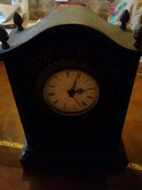 Brown battery operated quartz clock  Willard