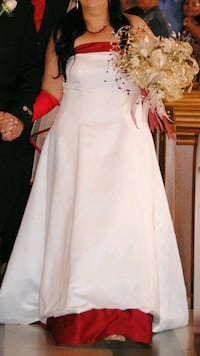 women's white and red tube a-line wedding dress