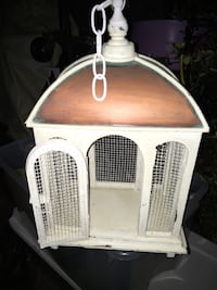 Hand crafted bird cage only 10 Firm