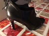 NEW.  Nine West Heels. Size 9  Zorra, N5C 3J5