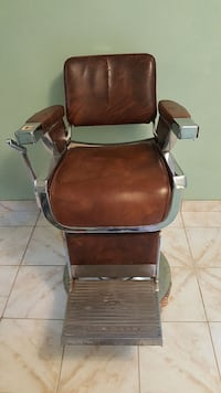 brown leather padded stylist chair