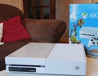 white Xbox One game console Riceville, 37370