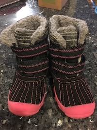 Toddler boots, size 8 Rockville, 20853