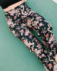 Printed pants fits size M/L,dm post for more details. Jacksonville, 32257