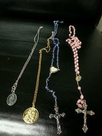 Religious necklaces and rosaries Omaha, 68108