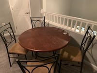 Dining chair with 3 chairs, pick up only! Used.Moving- needs to go ASAP  Herndon, 20171