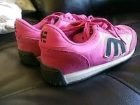 Women's Etnies pink-and-black shoes.  (Like New 646 mi