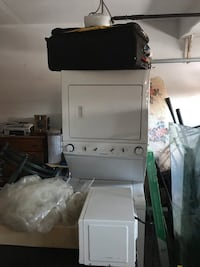 white stackable washer and dryer Mississauga, L4Z 1V9