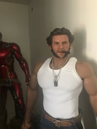 1/6 scale Logan rare set up custom Phicen body, metal underneath and heavy Newmarket, L3X 3H4
