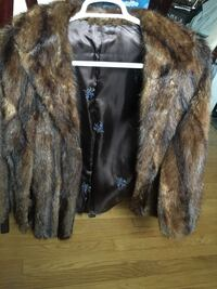 Vintage 1960's Fur Cape Arlington, 22207