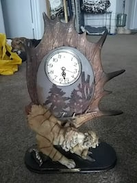 brown and white analog desk clock with tiger accent Las Vegas, 89119