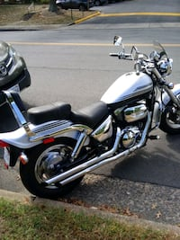 motorcycle  Annandale, 22003