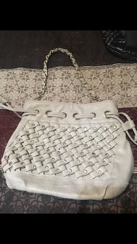 White and gray leather tote bag Las Vegas, 89117