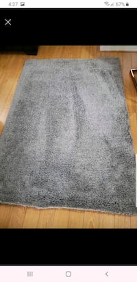 Rug 4.4 by6.5 used like new Surrey, V3R 7V8