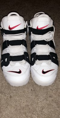 Pair of white-and-black nike basketball shoes Fresno, 93710