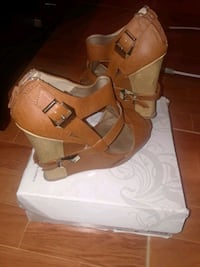 Ladies brown wedges size 10 Fayetteville