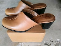 Clarks brown leather wedges. Size 6/7 Sparrows Point, 21219