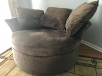 Swivel chair $200 Atlanta, 30314
