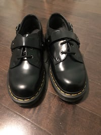 Doc Martens, Never worn. Size 9, $100 but negotiable   Ottawa, K1N 6P7