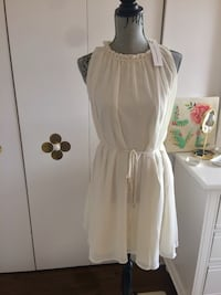 Beautiful Dress Cupcakes & Cashmere M