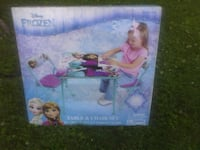 Brand new Frozen table and chairs Tipton, 46072