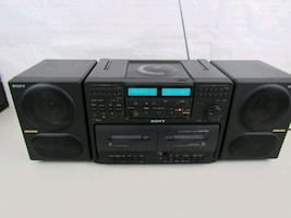 Sony CFD-765 Portable AM/FM Stereo CD/Cassette Player