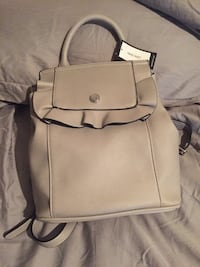 New with tags.... Nine West bag Hartford, 36344