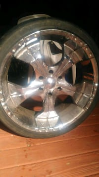 chrome 5-spoke car wheel with tire Manassas, 20110