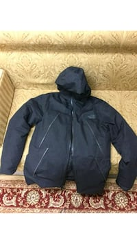 Black and grey The north face jacket. Toronto, M1W 3G4