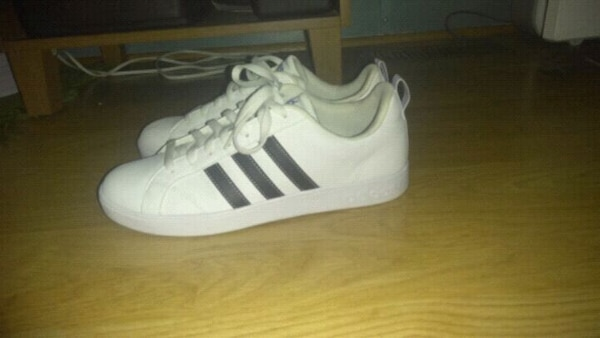 acheter populaire 765bf 4d372 Adidas Old School Shoes