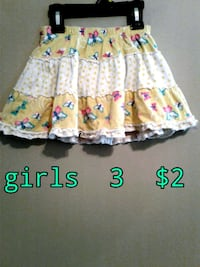 toddler's white and pink floral dress Calgary, T3B 0T3