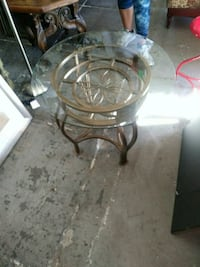 end table Los Angeles, 90019