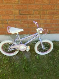 "Girls bike with  14"" tires  Courtice, L1E 1M5"