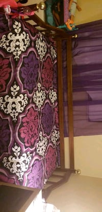 purple and white floral textile Beverly Hills, 34465