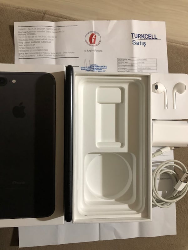 Iphone 7 Plus 32GB e460b741-6270-4c5c-b011-93cc1aa5131b