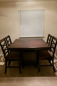 Dining table with 4 chairs Dumfries, 22026