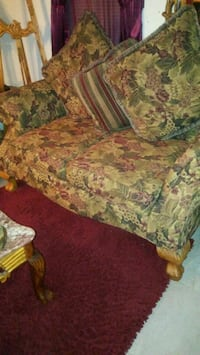 red and green floral sofa Prattville, 36067