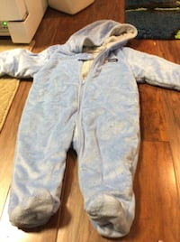 JUST REDUCED  MORE  snow suit 6-9 m blue   Garrett Park