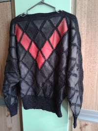 Leather and knit sweater  Pickering