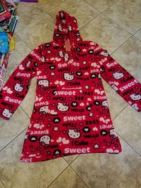 Hello kitty red robe size medium new Toms River, 08753