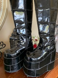 Gently Used Demonia Stack Boots ...