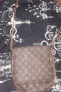 Louis Vuitton bag  Parkville, 21234