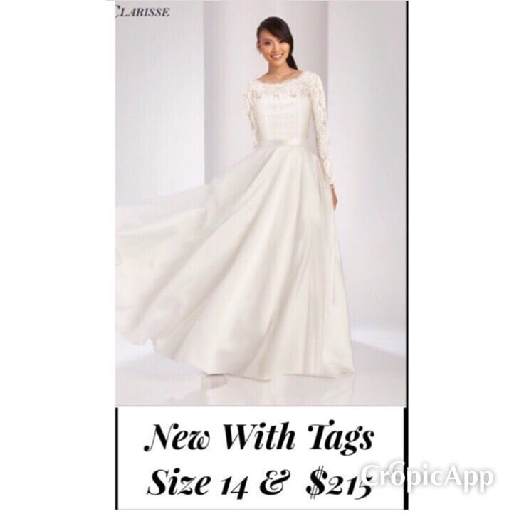 New With Tags Size 14 Wedding Gown $215
