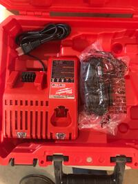 NEW Milwaukee battery charger