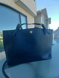 Tory Burch tote bag Calgary, T2P 5P7