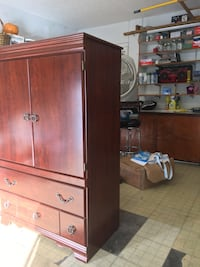 Tv armoire Spring Hill