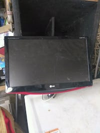 black and red flat screen computer monitor San Benito, 78586