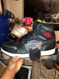 Mens Jordan 1 High OG. Black Satin. Size 9.5. DS. OG all.