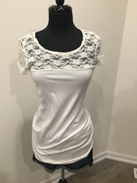 New lace top size M
