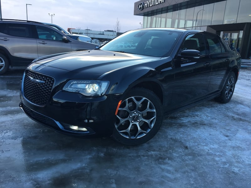 2018 Chrysler 300 d70544be-8244-4bc5-8cd4-7e7cdc2542d8